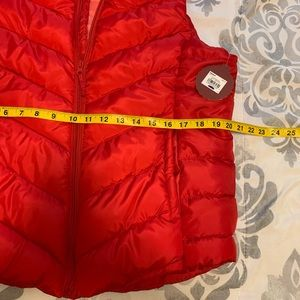 SO Jackets & Coats - ⭐️ SO Red Light Wright Puffer Vest Size XL
